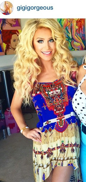 dress gigi gorgeous make-up dress pretty hot summer dress blonde hair colorful pattern style silk
