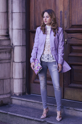 at fashion forte blogger lilac crochet ripped jeans