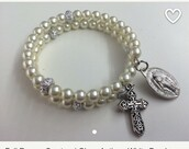 jewels,religion,cross,pearl,white,classic,classy,classy girls wear pearls,bracelets,jewelry,assessories,catholic