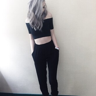pants black pants makeupbymandy24 shirt trouser sweatpants sweats sweatpant crop tops black crop top black top all black everything black cute grunge grunge top grunge crop top grunge wishlist alternative cool girl hipster edgy clothes top women pale pale grunge stylish style trendy casual blogger fashionista chill rad on point clothing off the shoulder