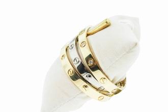 jewels trendy trending fashion classy jewelry bracelets stacked bracelets gold gold bracelet