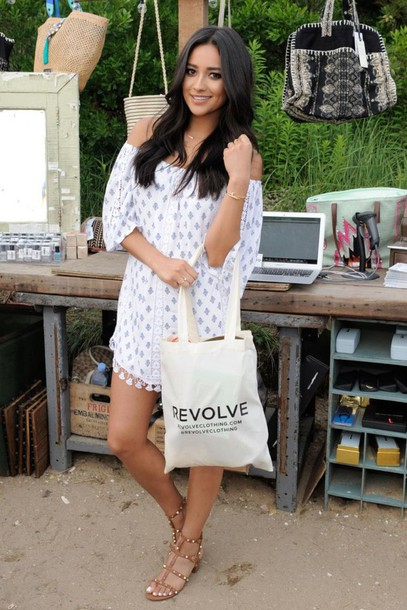 Shay Mitchell Wears A Tularosa Dress Sold On