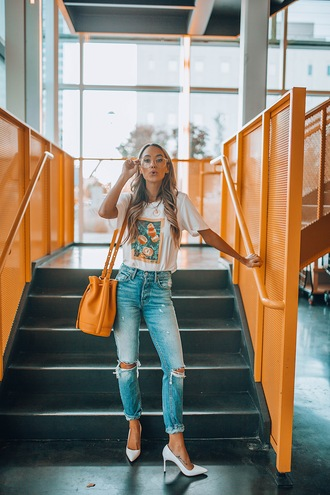styled avenue blogger top shoes bag fall outfits bucket bag yellow bag pumps high heel pumps