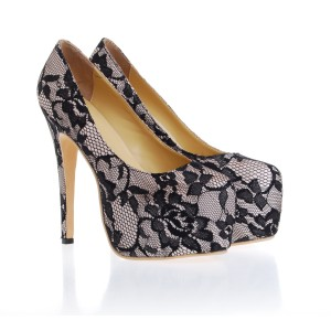 Christian Louboutin Flower Pattern Lace Pumps Black