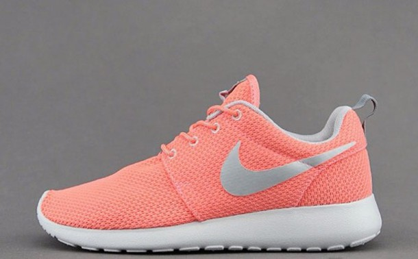 shoes, atomic pink nikes, nike, coral, nike roshe run - Wher