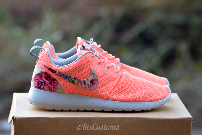 Rose Nike Roshes Personnalisée