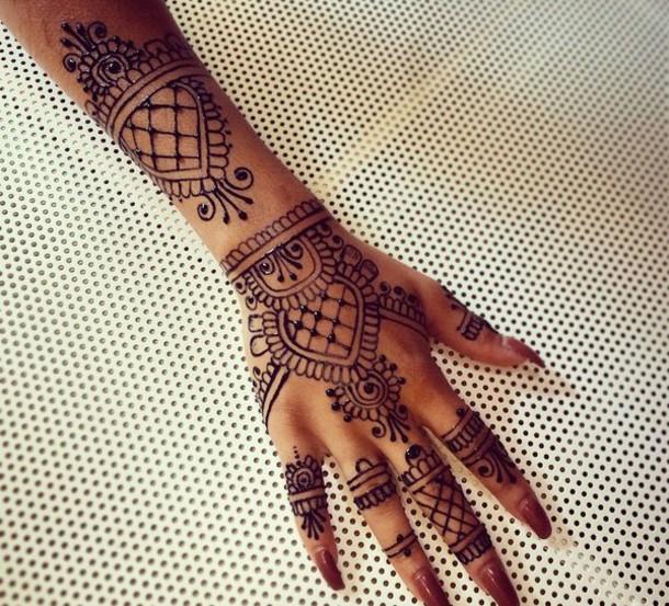 Make up henna black tattoo henna tattoo wheretoget for Black temporary tattoo