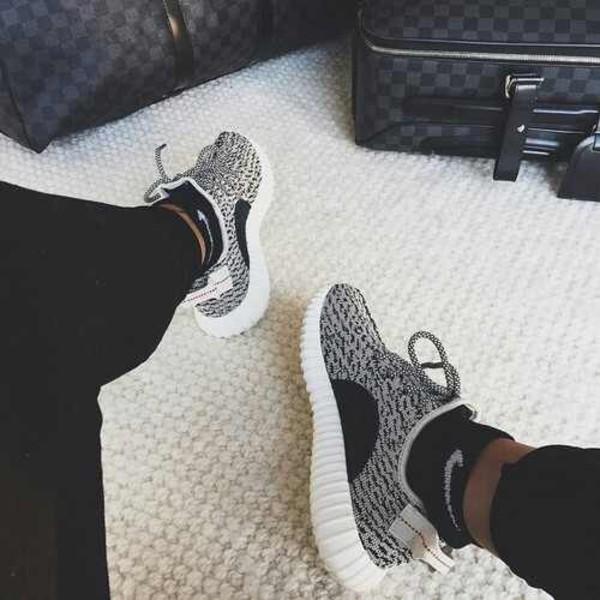 Adidas Yeezy Low White