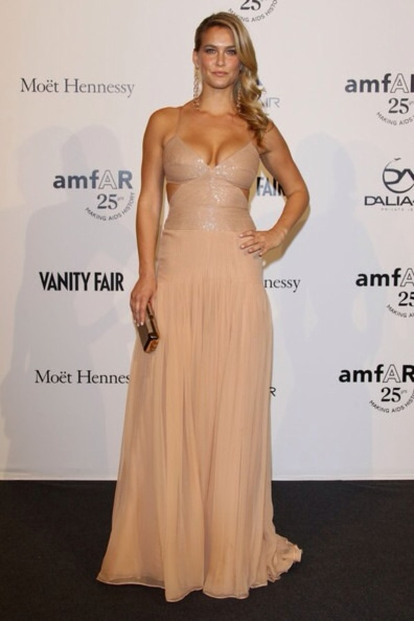dress bar refaeli