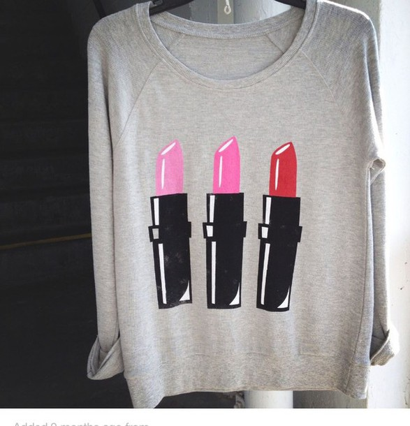 shirt grey sweater grey sweayshirt lipstick colorful winter sweater cute shirt make-up top sweater