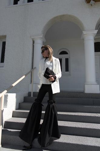 oracle fox blogger jacket shirt bag jewels sunglasses