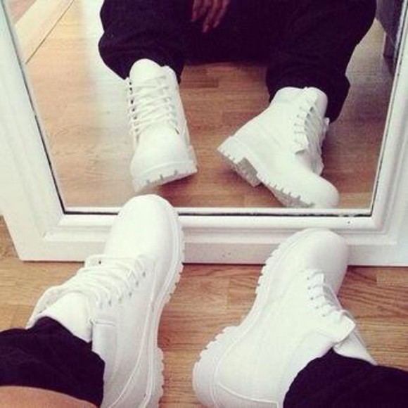 mens shoes white timberlands