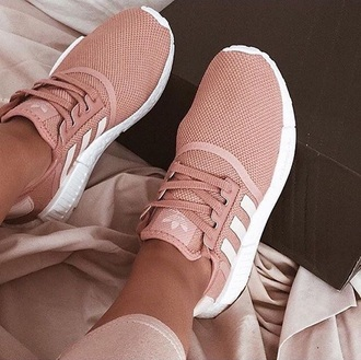 shoes adidas pink mauve baby pink adidas shoes sneakers trainers sportswear pink sneakers low top sneakers rose gold salmon light pink adidas zx flux causal shoes adidas nmd pink white adidas superstars adidas originals nmd adidas nmd r1 pink nude running shoes girl pastel dusty pink woven trainers blush tumblr white sneekers fitness girls sneakers shoea