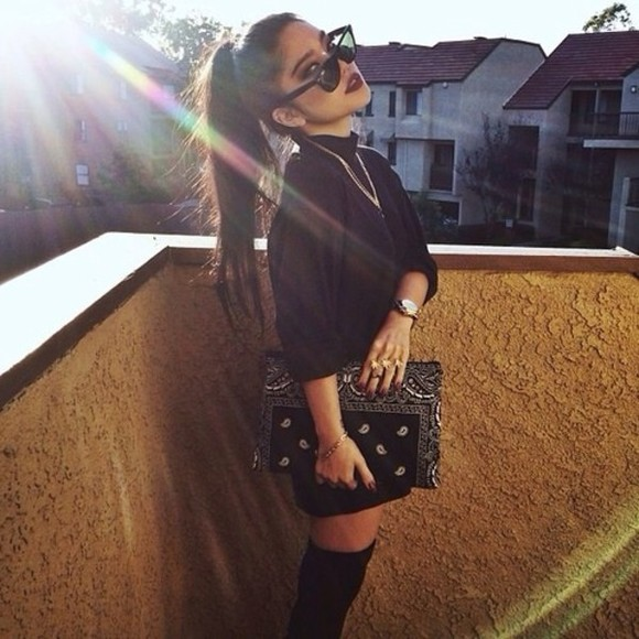 bag white oversize black bandana clutch ghetto stylish shirt any color any brand same design, sunglasses bandana print black sunglasses black bag with studs purse