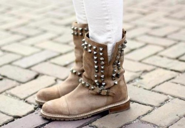 shoes soft grunge boots soft grunge shoes indie boots boots combat boots studded shoes winter boots vintage boots studs hipster soft grunge grunge shoes 90s grunge indie indie rock vintage old school