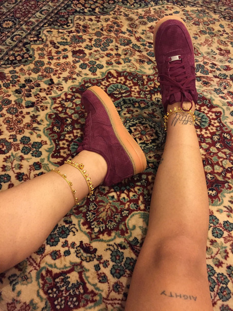 shoes burgundy shoe nike air burgundy gold sneakers ankle jewelry ankle bracelet streetwear red suede nikes creepers burgundy shoes suede sneakers nike shoes nike nike air force 1 nike air force
