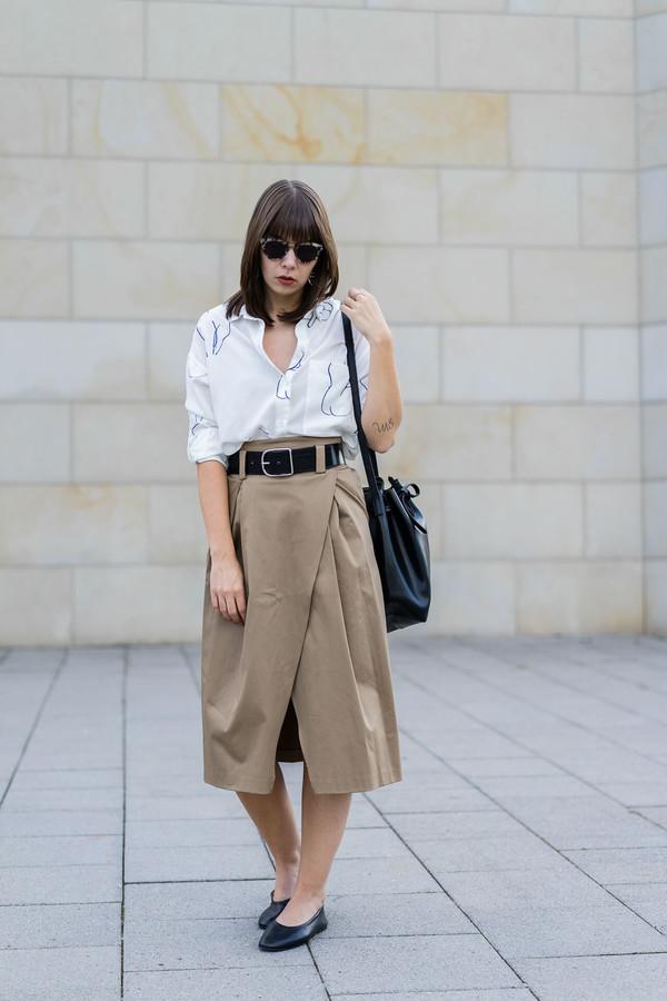 shirt tumblr white shirt skirt midi skirt wrap skirt shoes flats belt bag sunglasses