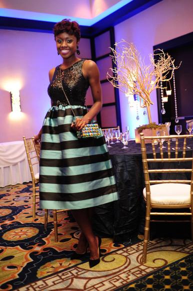 midi skirt blogger bag skinny hipster lipstick sequins