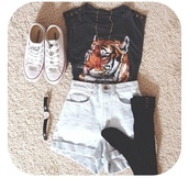 shirt,black,tiger shirt,spikes,converse,black long socks,jewelry,shorts,shoes,underwear