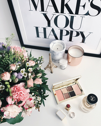 make-up perfume tumblr makeup palette eye shadow eye makeup lipstick red lipstick candle ring gold ring jewels jewelry flowers