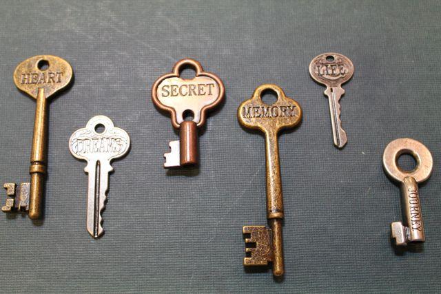 Vintage keys from glitter lifestyle boutique on storenvy