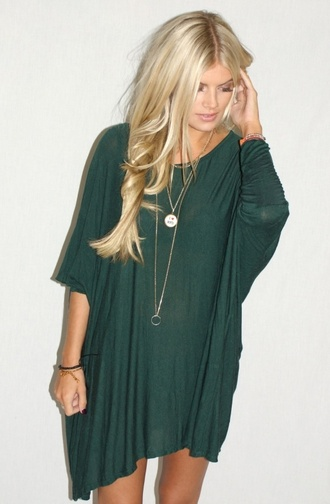 dress green casual cute boho hippie green dress cute dress shirt blouse shirt dress loose baggy forest green flowy short 3/4 sleeves blonde hair long soft flowy dress loose dress long sleeve dress hippie look oversized oversized t-shirt lose fitting
