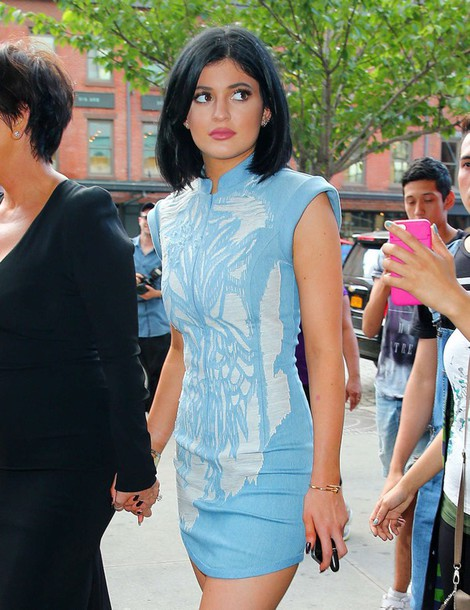 Blue dress kylie jenner pictures
