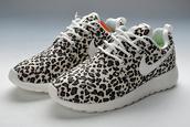 shoes,nike roshe run,leopard print,nike,nike roshe run leopard,leopard nikes,leopard cheetah,nike roshes cheetah,roshe runs leopard,roshe runs