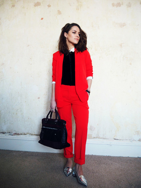 the little magpie blogger tailoring blazer red silver shoes pointed toe handbag brunette red pants red jacket office outfits classy