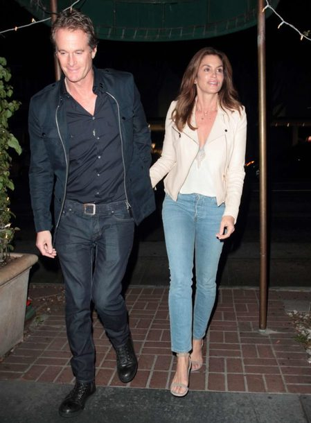 jacket denim cindy crawford streetstyle fall outfits