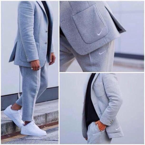 Sweating Nike Sweat Suit