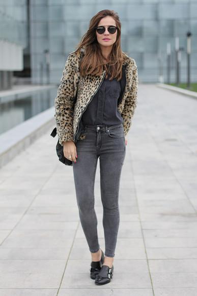 blogger jeans bag sunglasses lady addict jacket