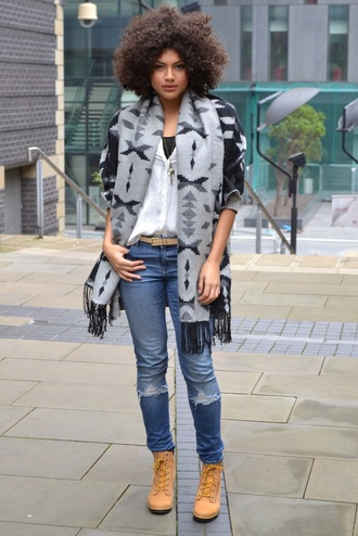 shoes white shirt grey and black scarf ripped jeans blogger timberlands
