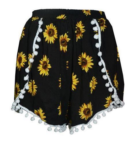 Claire pom pom shorts