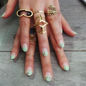jewels ring golden nails art nail polish