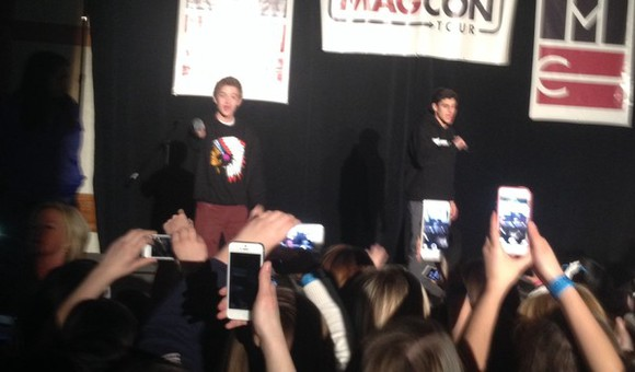sweater crewneck magcon boys