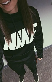 sweater,nike,sweatshirt,hoodie,sportswear,black,nike sweater,all black everything