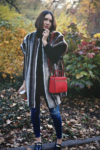 color me nana blogger fur coat red bag jacket sweater jeans bag shoes