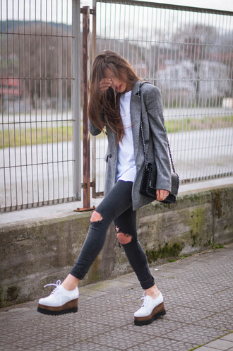 bag t-shirt jewels ist by ingrid jeans blogger shoes jacket