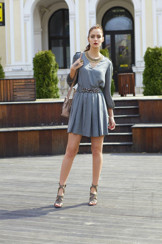 from brussels with love blogger dress grey dress