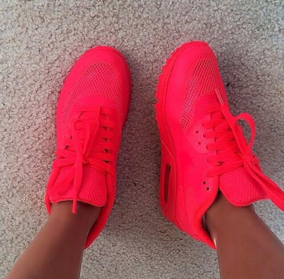 pink shoes nike air air max