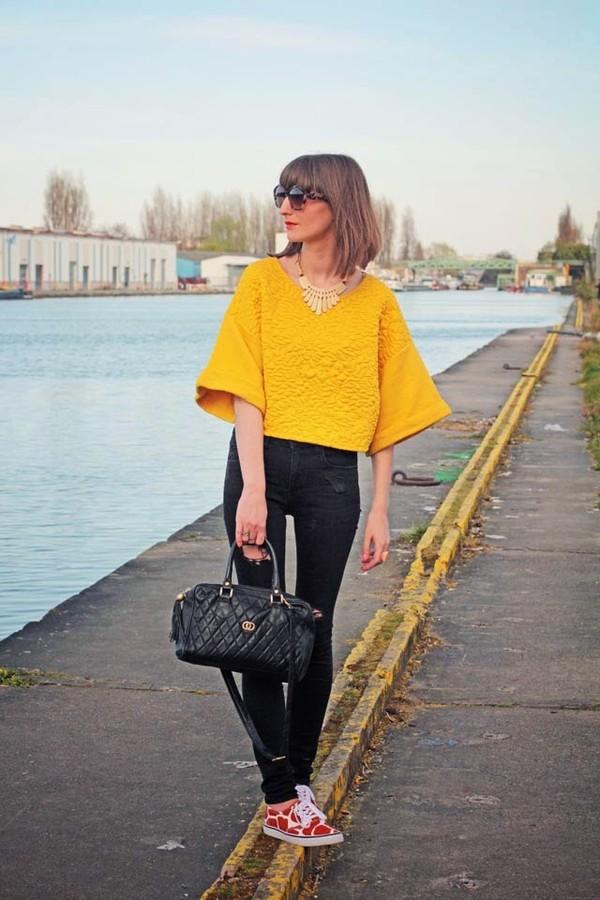 summer crush sunglasses jewels t-shirt shoes jeans bag
