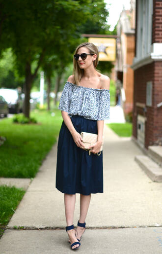 see jane blogger top skirt shoes see anna jane