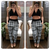 pants,top,checkered,trouser,casual,leggings,monochrome,black and white,baggy pants,pockets,casual pants,party pants
