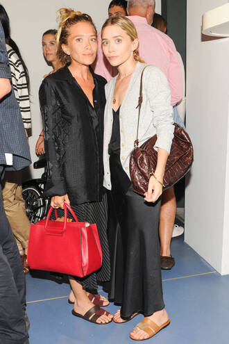 jacket skirt mary kate olsen ashley olsen fashion week 2014 olsen sisters bag shoes