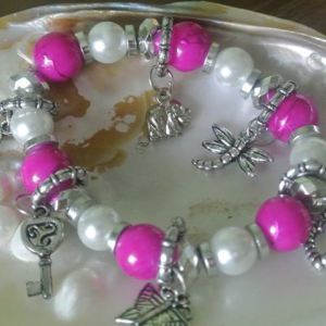 Pink and sliver faux pearl charm bracelet