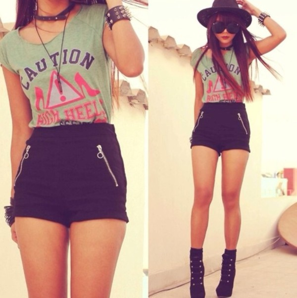 t-shirt shorts shoes jewels