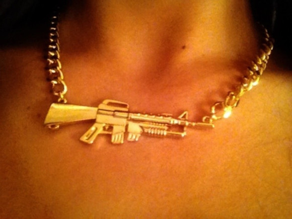 jewels gun gold necklace