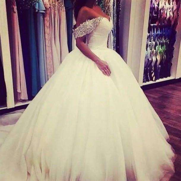 dress dw