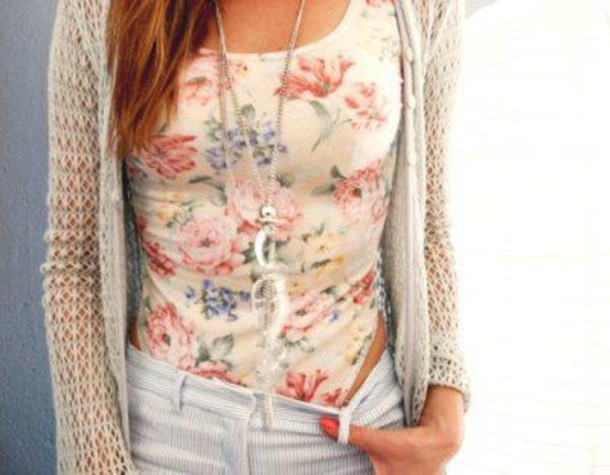 shirt cardigan bag sweater top shorts crochet summer floral cute love pretty necklace spring outfit tank top bodysuit blouse ariana grande jacket floral t shirt floral top leotard one piece flowers light cream pink nude body romantic jewels floral tank top white pants t-shirt tank top natural cream blouse tumblr fashion style hipster hippie indie girly girly outfits tumblr soft grunge jeans flower shirt flowers jumpsuit cute top